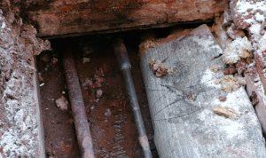Damp-Floor-pipe-it-right